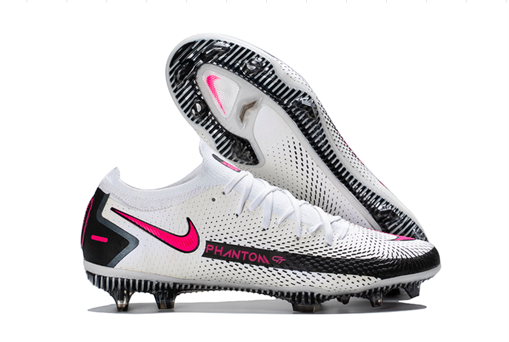 Show Your support With Nike Phantom GT Elite football boots